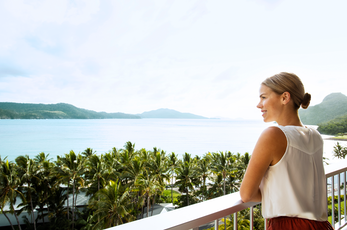 Spacious, comfortable and with most rooms boasting incredible sea views, the Reef View Hotel is a perfect option for couples, families and groups.