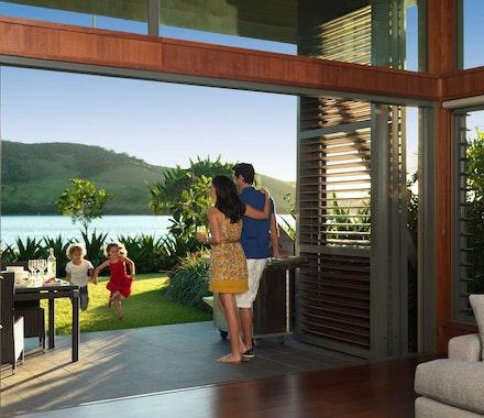 Luxurious family-friendly accommodation - Yacht Club Villas Hamilton Island