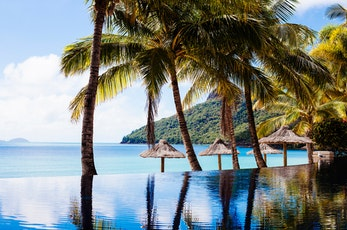 With its spectacular beachfront location, private restaurant and lounge, and personalised service, Beach Club Hamilton Island is the ultimate adults-only getaway.