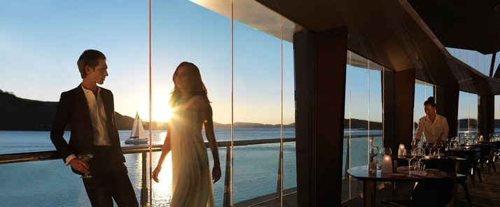 Romantic sunset dinners - Bommie restaurant - Hamilton Island luxury holiday