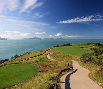 Golf Course Hole 15 Dent Island - Hamilton Island - tee high